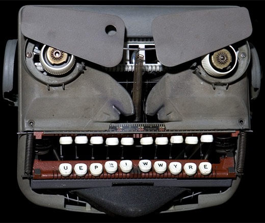 j_mayer_typewriter_robot_3